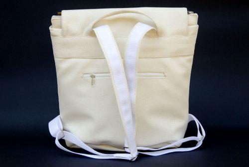 ezsubegz Crystal Opal medium hátizsák hátulja